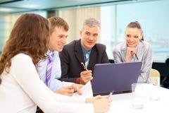 Commerciële vergadering - manager stock afbeelding