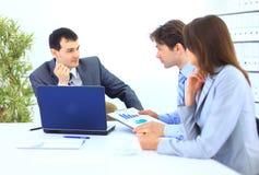 Commerciële vergadering - manager het bespreken royalty-vrije stock afbeelding