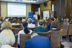 Commerciële Vergaderingenconcepten Mensen op de Wetsconferentie stock fotografie