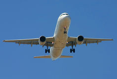 Commercial aircraft. Down view of a commercial aircraft Royalty Free Stock Images