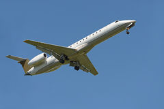 Commercial Airliner Landing Stock Photos