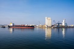 Free Commercial Harbour Stock Photos - 17550803