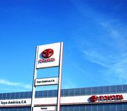 Commerciante automobilistico di Toyota Fotografie Stock