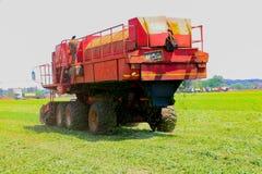 Commercieel Pea Farming met een Combine Maaidorser stock fotografie