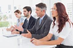 Commercieel team al zitting samen Royalty-vrije Stock Afbeelding