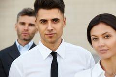 Commercieel Team buiten Bureau Mensen Stock Afbeelding