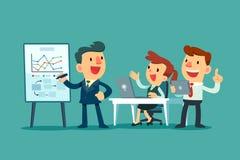Commercieel team dat in bureau samenwerkt Royalty-vrije Stock Afbeeldingen