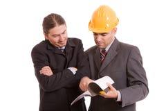 Commercieel team dat nieuw project bespreekt stock foto