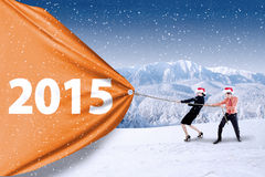 Commercieel team die aantal van 2015 trekken Stock Foto's