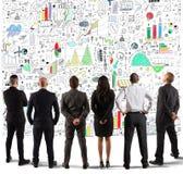 Commercieel team die een nieuw complex project trekken stock afbeelding
