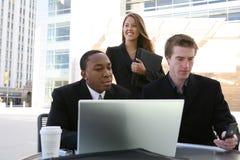 Commercieel Team (Nadruk op vrouw) royalty-vrije stock afbeelding