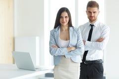 Commercieel team Portret van succesvolle bedrijfsmensen Zaken Stock Foto