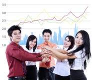 Commerciële team overlappende handen Stock Foto's