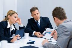 Commerciële vergadering in bureau Royalty-vrije Stock Fotografie