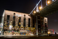 Commercio - orizzonte della città delle graffette fotografia stock libera da diritti