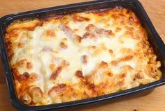 Commodité cuite au four de pâtes ou repas prêt Image libre de droits