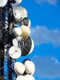 Communicatie antennetoren royalty-vrije stock afbeeldingen