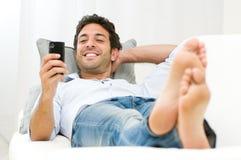 Communicatie met slimme telefoon Stock Afbeelding