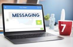 Communicatie van het overseinenpraatje Verbindings Online Concept Royalty-vrije Stock Afbeeldingen