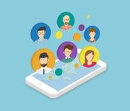 Communication de personnes par l'intermédiaire du smartphone APP Image stock