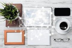 Communication sociale et concept global de mise en réseau images stock