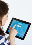 Communiceer op Skype stock afbeelding