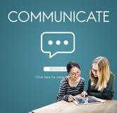 Communiquez le concept de connexion de technologie de la parole illustration stock