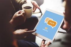 Communiquez socialisent l'entretien relient le concept de technologie images libres de droits