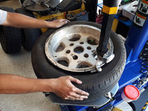 Commutateur de pneu image stock