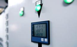 commutateur industriel électrique de panneau Images stock