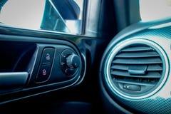 Commutatore elettrico di adeguamento dello specchietto retrovisore heated e pieghevole Immagini Stock