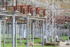 Commutatori di una centrale elettrica importante di elettricità Immagini Stock