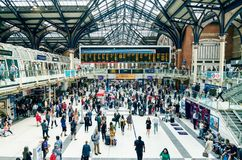 Commuters Inside Liverpool Street Station stock photography