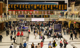 Commuters using the busy London Liverpool Street Station Stock Photo
