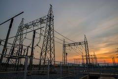 Commuti l'iarda in centrale elettrica del gas combustibile Immagini Stock