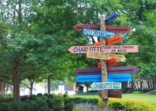 Como distante a Charlotte? Imagens de Stock Royalty Free