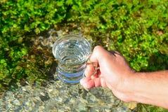 Como fazer sua água potável potável fotografia de stock
