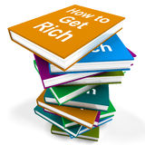 Como obter a riqueza de Rich Book Stack Shows Make Imagem de Stock Royalty Free