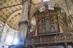 Como & x28; Lombardije, Italy& x29; kathedraalbinnenland Stock Afbeeldingen
