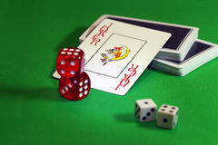 Comodín Espadas reales del flash del casino de las tarjetas que juegan Fotos de archivo