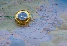 Compás en el mapa Fotografía de archivo libre de regalías