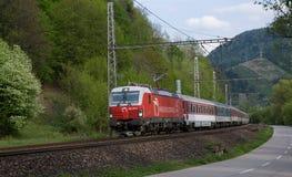 Compañía aérea de bandera de ferrocarriles eslovacos - Siemens locomotor fotos de archivo