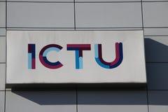 Compañía de ICTU en las oficinas de Beatrixpark en la estación Laan van Noi en Den Haag The Hague en los Países Bajos foto de archivo