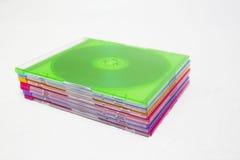 Compacts disc coloridos do CD ou do DVD fotografia de stock