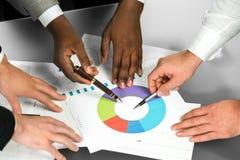 Comparar estrategias empresariales Imágenes de archivo libres de regalías