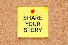Comparta su nota de post-it de la historia foto de archivo libre de regalías