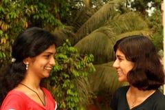 Compartecipazione dei loro momenti felici Fotografia Stock Libera da Diritti