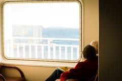 Compartiendo la vida durante el viaje a tiempo imagen de archivo