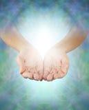 Compartilhando da energia cura divina Imagens de Stock Royalty Free
