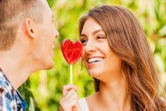 Compartilhando do amor doce Imagens de Stock